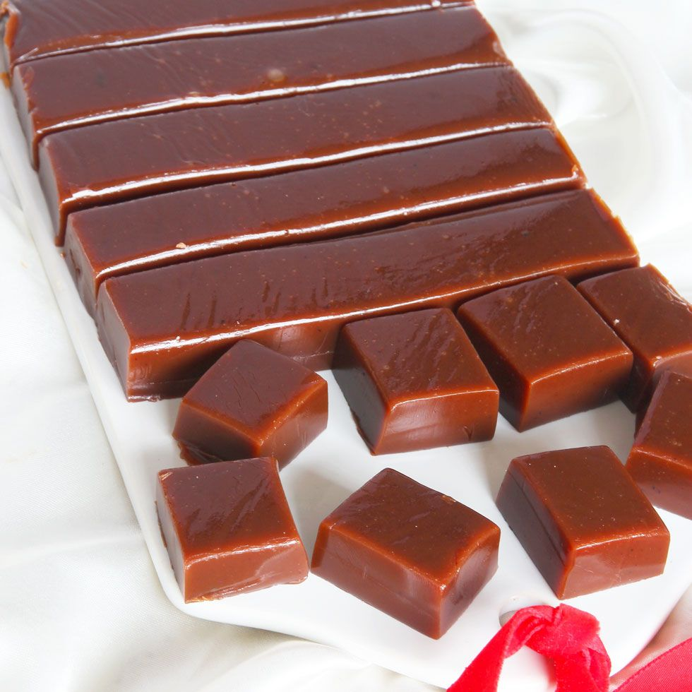 Ett gammeldags, väl beprövat recept på gräddchokladkola som är perfekt och ljuvligt gott!