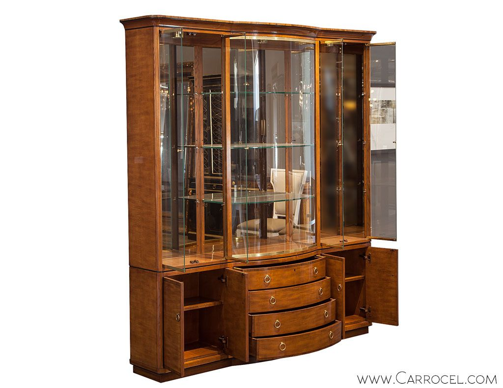 Exceptionnel Vintage Drexel Heritage Breakfront Display Cabinet | From A Unique  Collection Of Antique And Modern Cabinets At ...