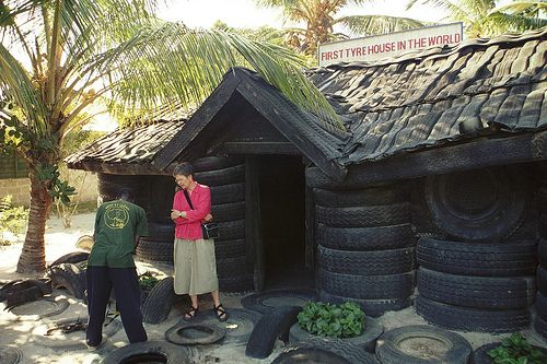 Tire House Building A House Recycling Tyres Recycle