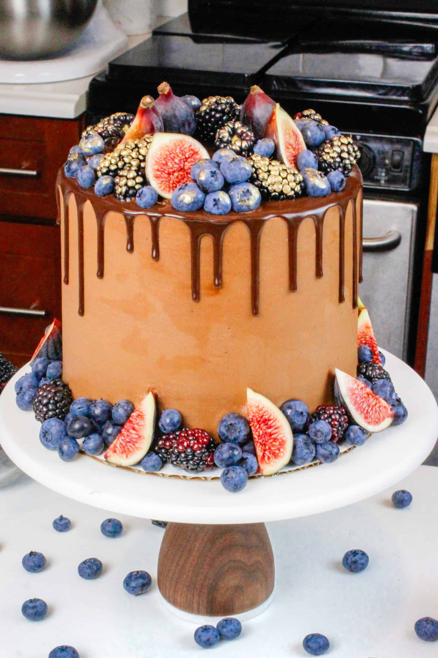 Chocolate Blackberry Cake The Perfect 6 Inch Cake Recipe Recipe In 2020 Chocolate Cake Recipe Tasty Chocolate Cake Small Chocolate Cake