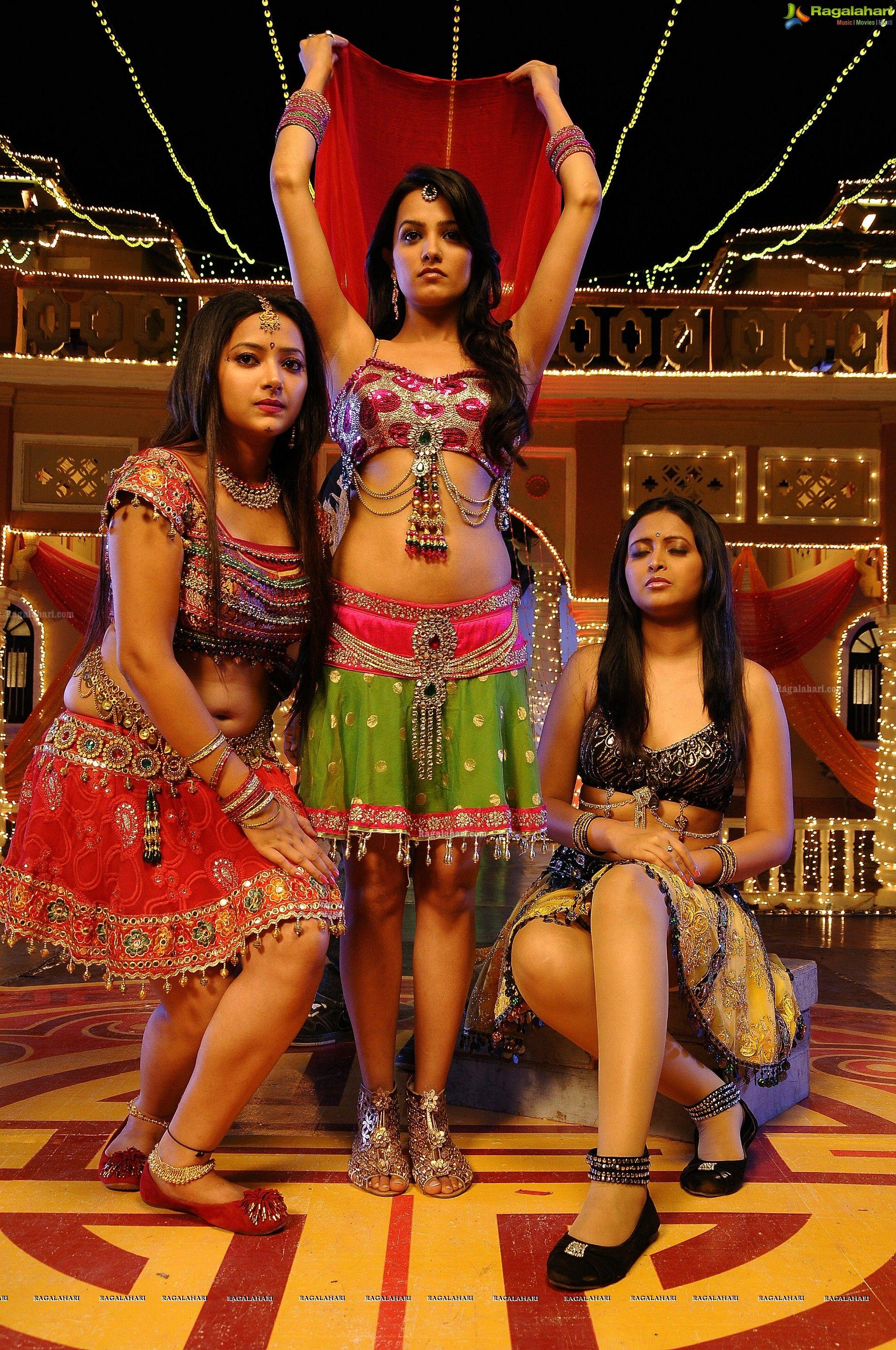 dibri-dibri-item-song-genius   Indian Actress & Model   Pinterest ...