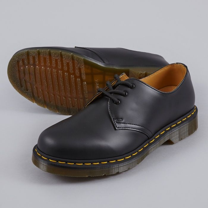 doc martens core 1461 smooth