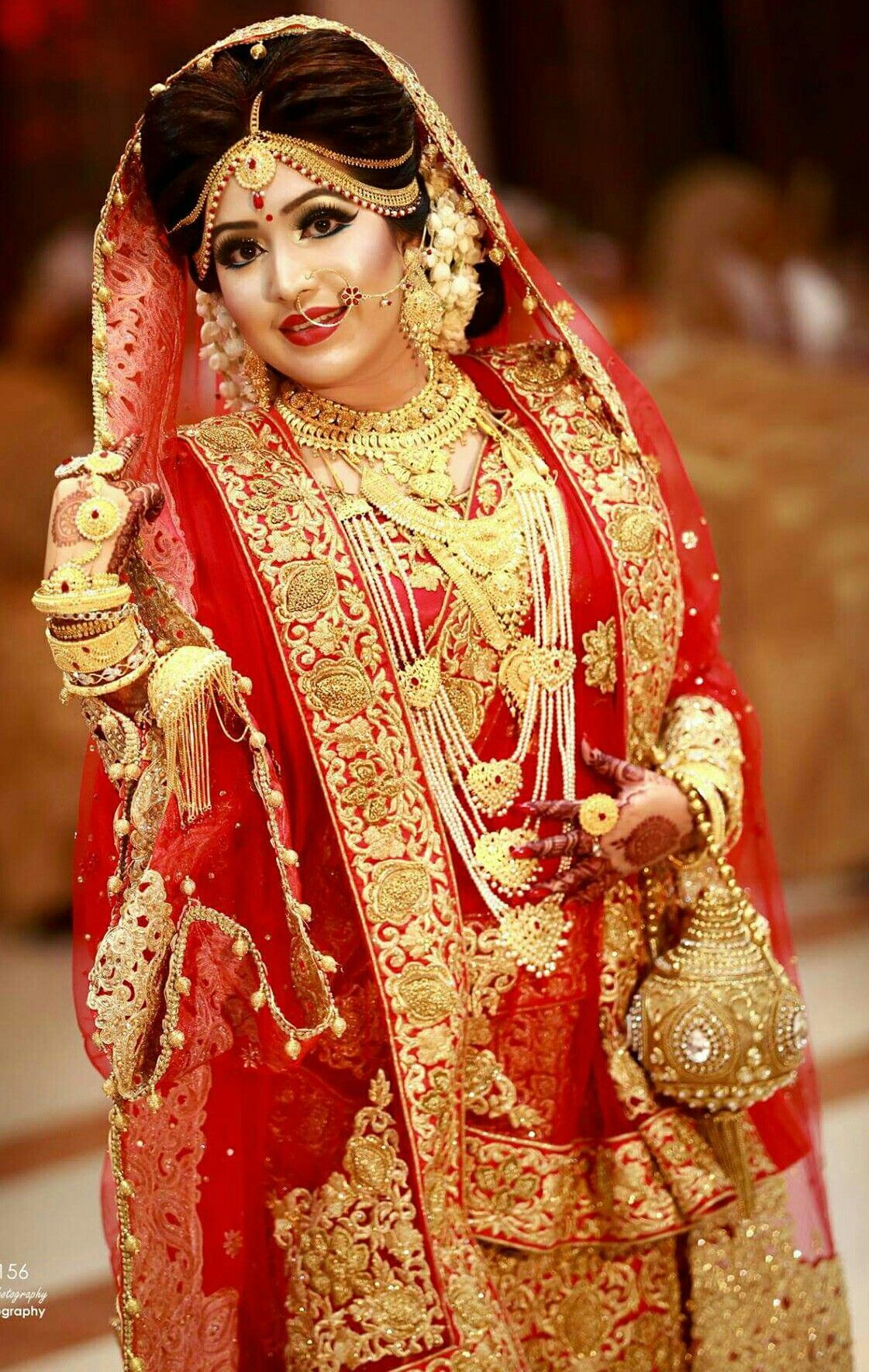 Pin by Padmalaya Jena on вℓυѕнιиg вяι∂є | Indian bridal ...