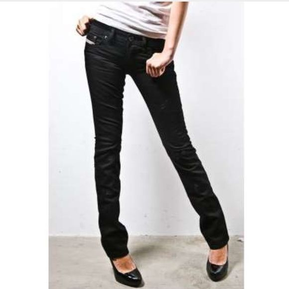 """Diesel Liv Black Jeans Diesel Liv Black Jeans come in black cotton/Elastaine and are skinny with 5 pockets. 97% Cotton 3% Elastaine. Made in Italy. Waist: 27"""" Hips: 32""""-34"""" Inseam: 29"""". In excellent condition. Diesel Jeans Skinny"""