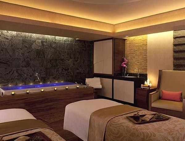 Cozy Low Light Massage Room Spa Design Ideas