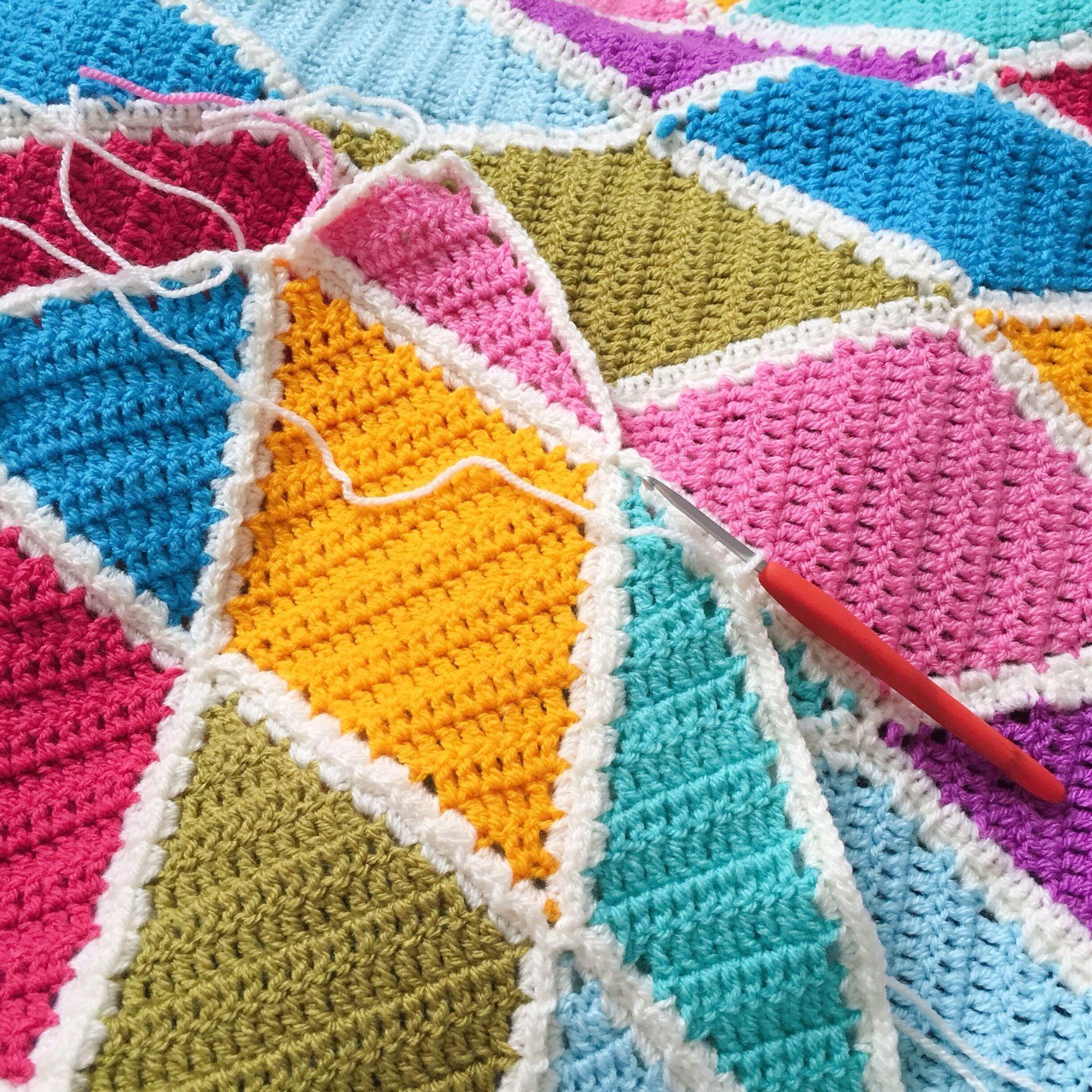 Summer Harlequin Blanket | Crochet patterns, Crochet ...