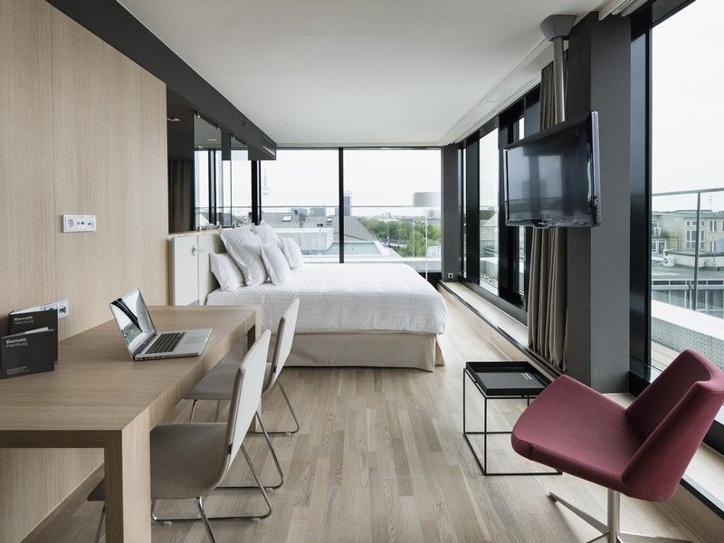 Habitación suite del hotel Barceló Hamburg