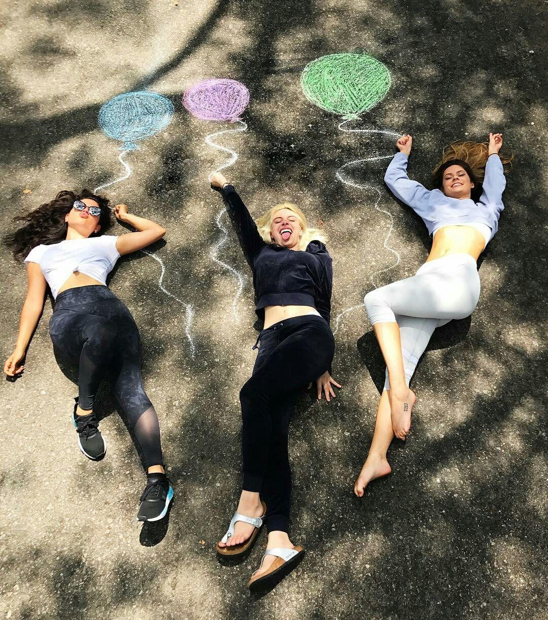 Lele Pons Hannah Stocking Inanna Friend Photoshoot Friends