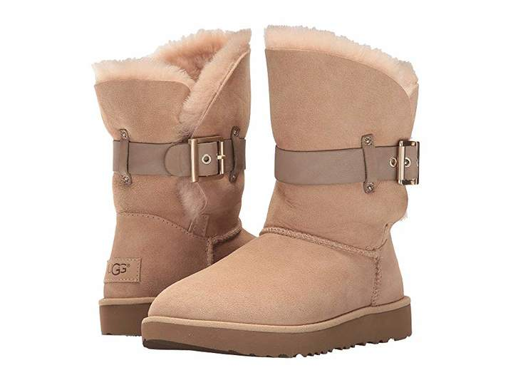 32e88a0e356 Pin by linda on Uggs   Uggs, Shoe boots, Sheepskin insoles