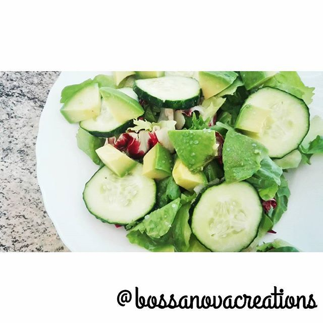 My fresh salad of today! Ensalada fresca para hoy! #bossanovacreations #creation #salad #loveit #vegetables #greensalad #food #picoftheday #photooftheday #instafood