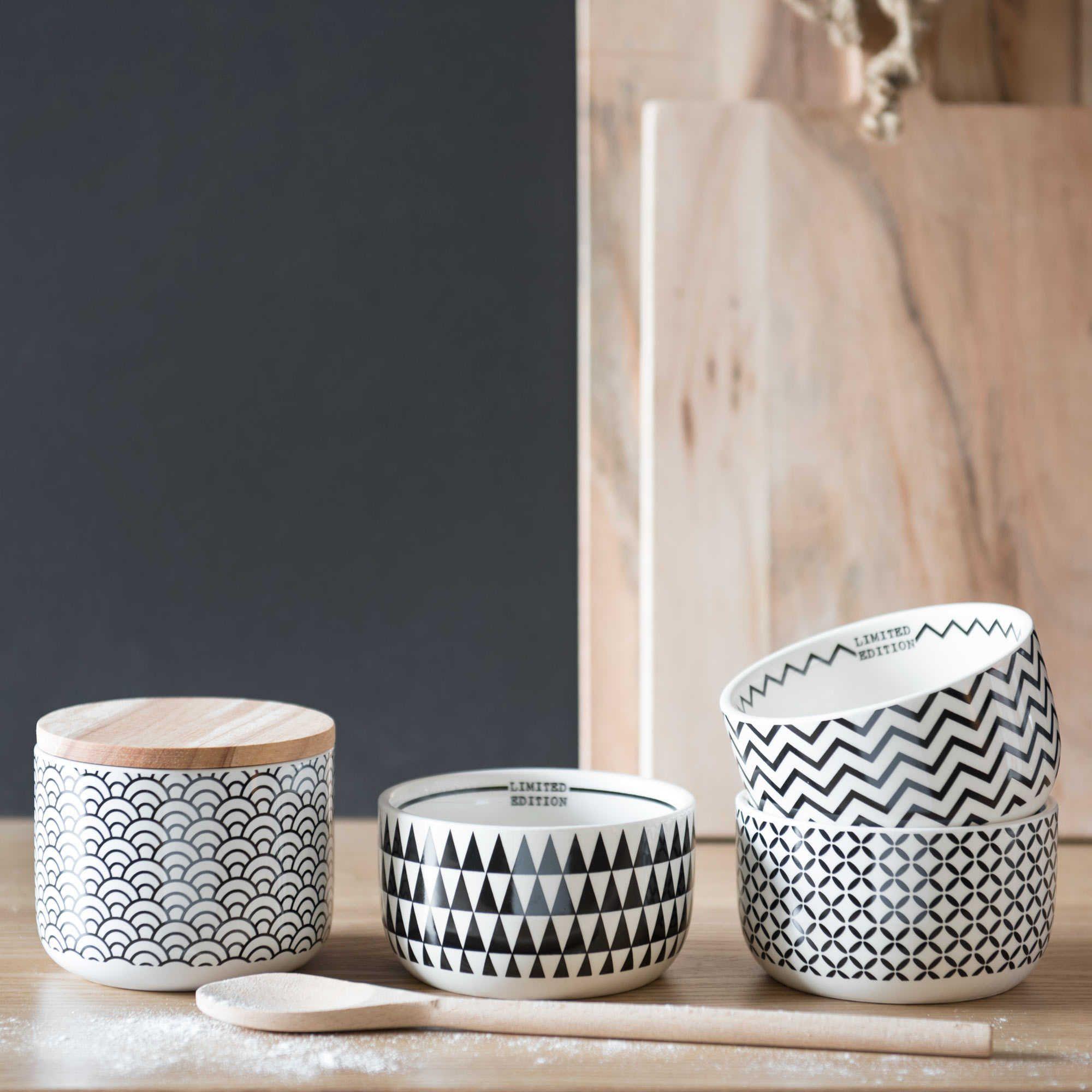 coupelle zigzag en fa ence blanche noire black white. Black Bedroom Furniture Sets. Home Design Ideas