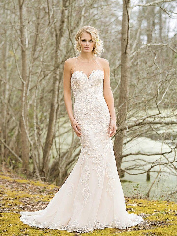 Mermaid lace wedding gown with sheer sweetheart neckline | itakeyou.co.uk #weddingdress #weddingdresses