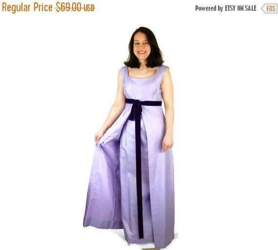SALE 1960s gown. prom dress, sheath gown, lavender purple, Vogue Paris Original, empire waist, Size M
