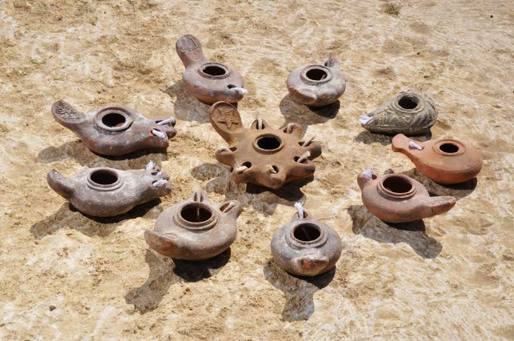 God Loves You 10 Roman Oil Lamps Clay Oil Lamps God S Light Ancient Oil Lamp Bless Me With Your Gift Of Light Ancient Oil Lamp Oil Lamps Oil Candles