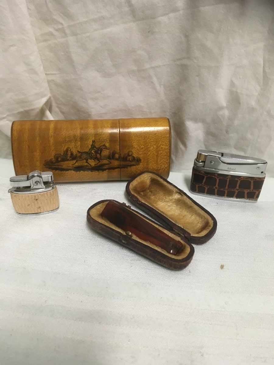 lighters and more Item s gn_309_11_25_199 Price 15 wood