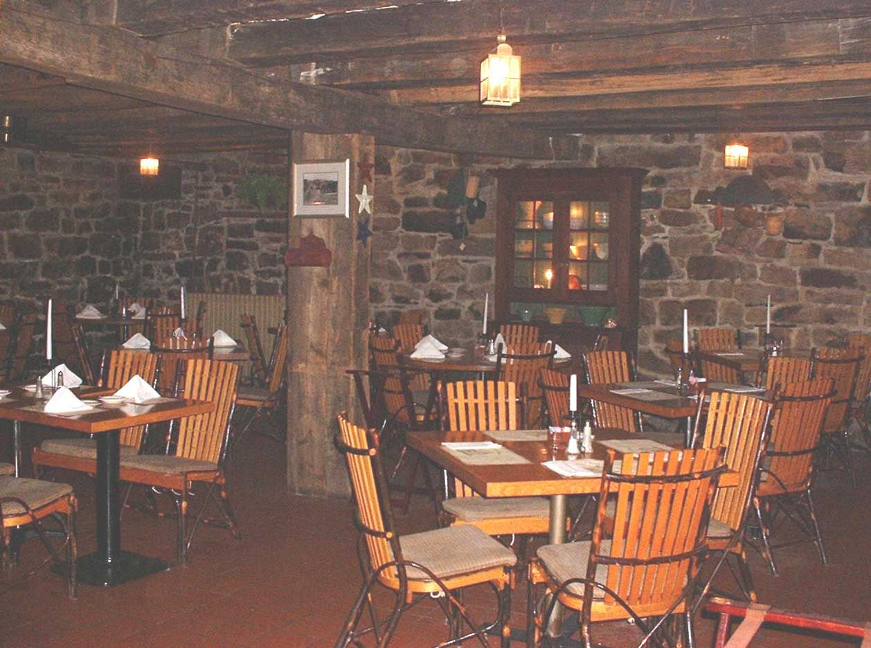 The Jean Bonnet Tavern One Of My Wife And I S Favorite Restaurants Located In Bedford Pa