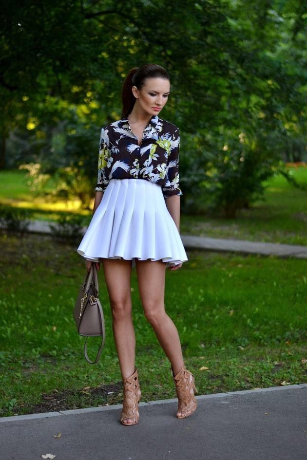 H m White Mini Pleated High Rise Skater Skirt  b03cff378