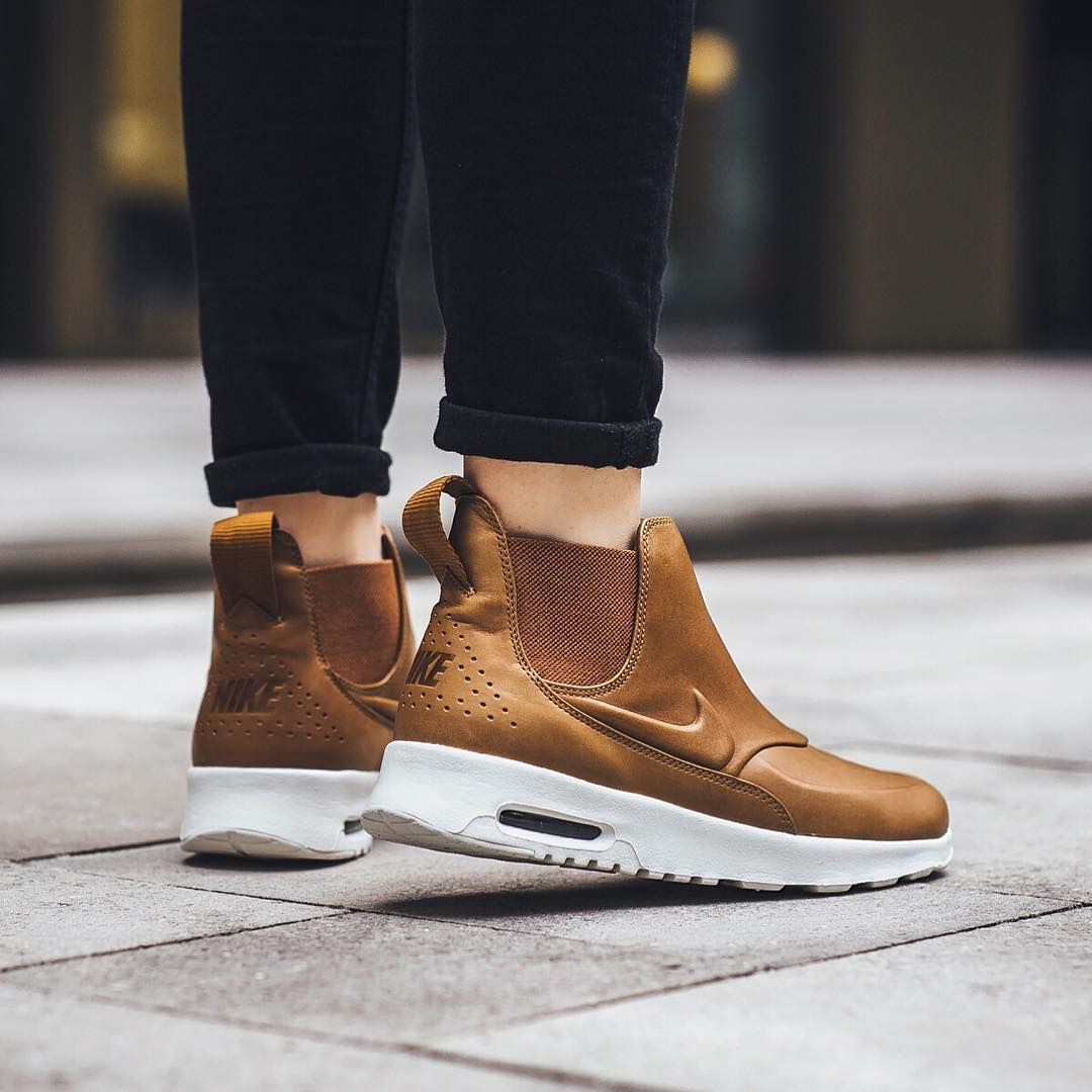 nike air max thea mid ale brown sports footwear. Black Bedroom Furniture Sets. Home Design Ideas