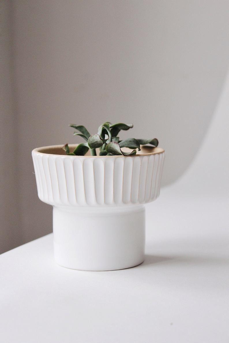 white plant pots on terrific no cost ceramics pots clay popular unique succulent planters white ceramic plant pot pottery et ceramic succulent succulent pots ceramic plant pots ceramic plant pots