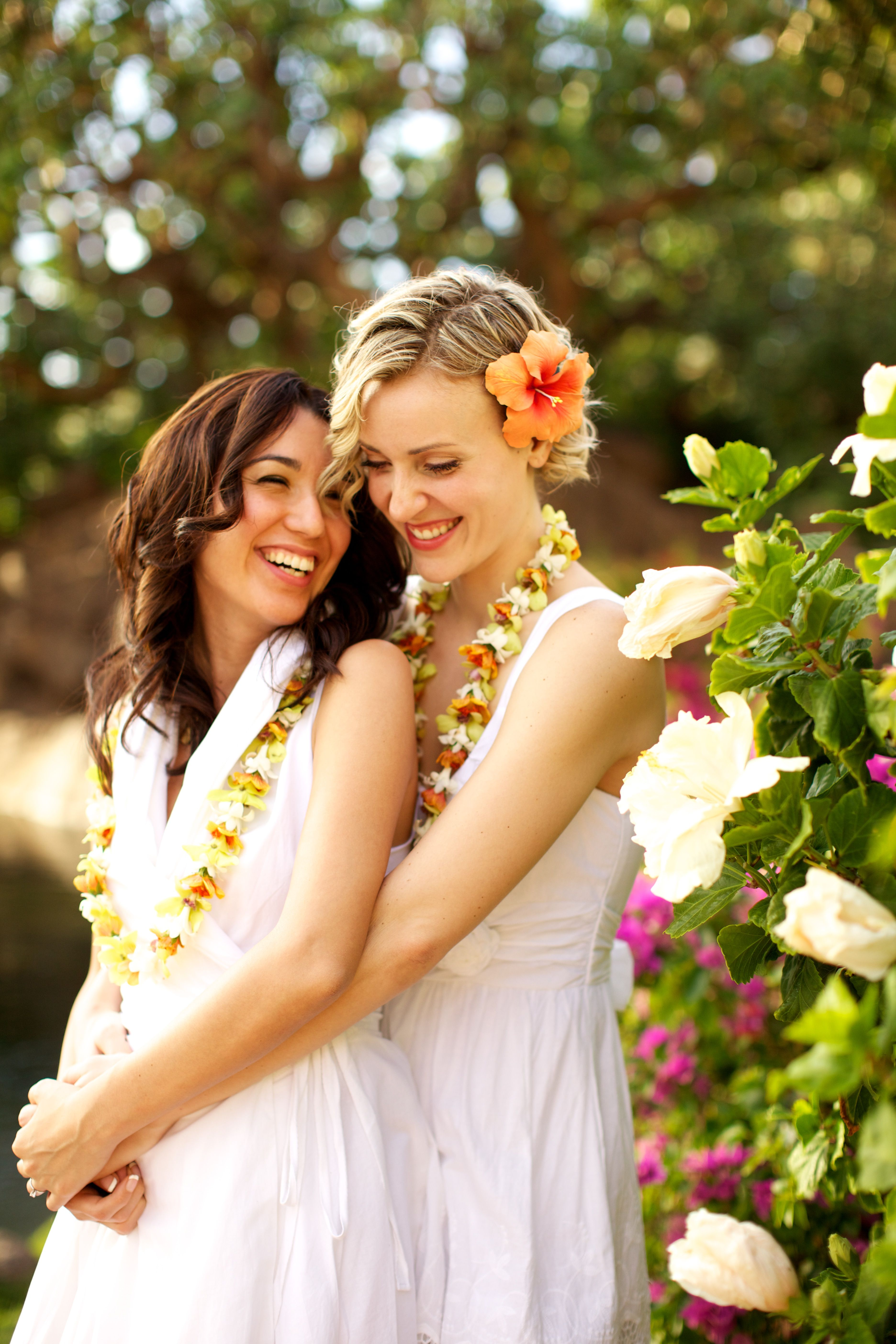 lesbian wedding ideas Two Brides From Dallas Tie The Knot Like the flowers Lesbian PrideLesbian WeddingLesbian