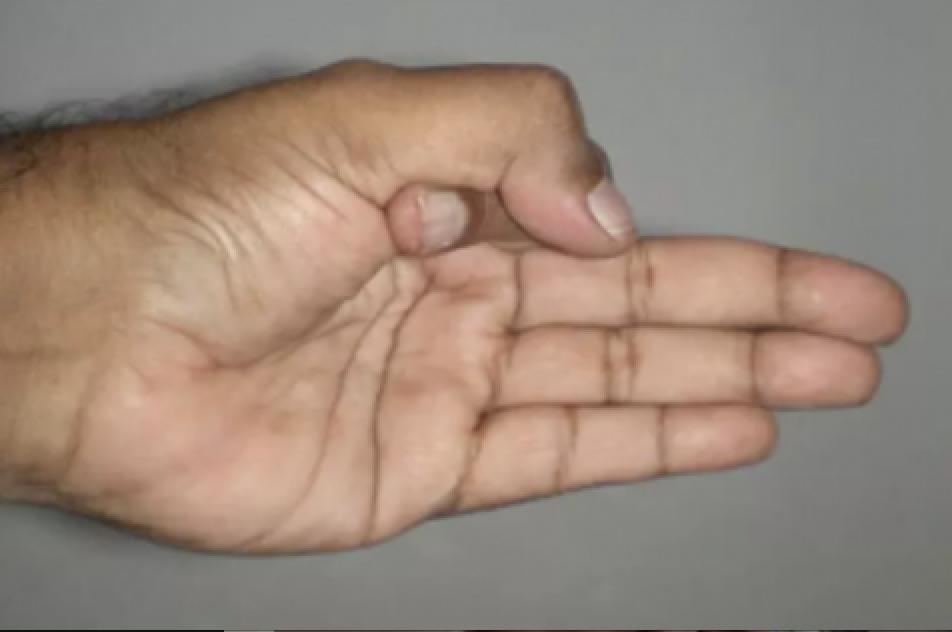 Avete mai sentito parlare dei mudra? Originarie dell'India, queste posizioni delle mani sono di due tipi nello yoga: il primo è quando tocchi le punte delle varie dita con il pollice, il secondo si esegue premendo la prima falange sul pollice. L'effetto sul corpo varia a seconda di qual dita tocchi o premi. Purtroppo si ha a che fare con lo stress ogni giorno, magari dovuto al lavoro e alla vita frenetica , quindi perché non provare con un po' di yoga? Lo yoga ormai è una sorta di medic #magariungiorno