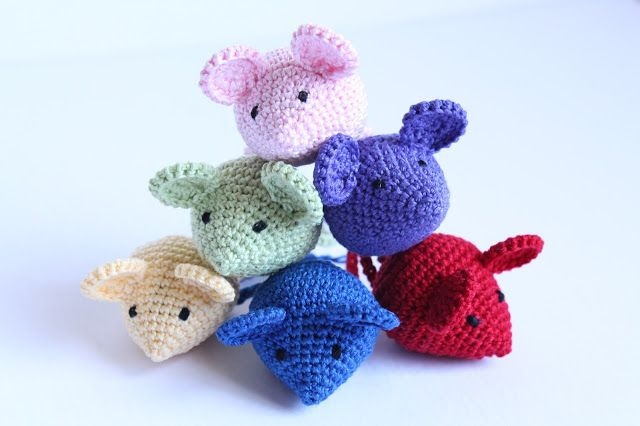 Pink Mouse Boutique Crochet Free Pattern Amigurumi Mouse
