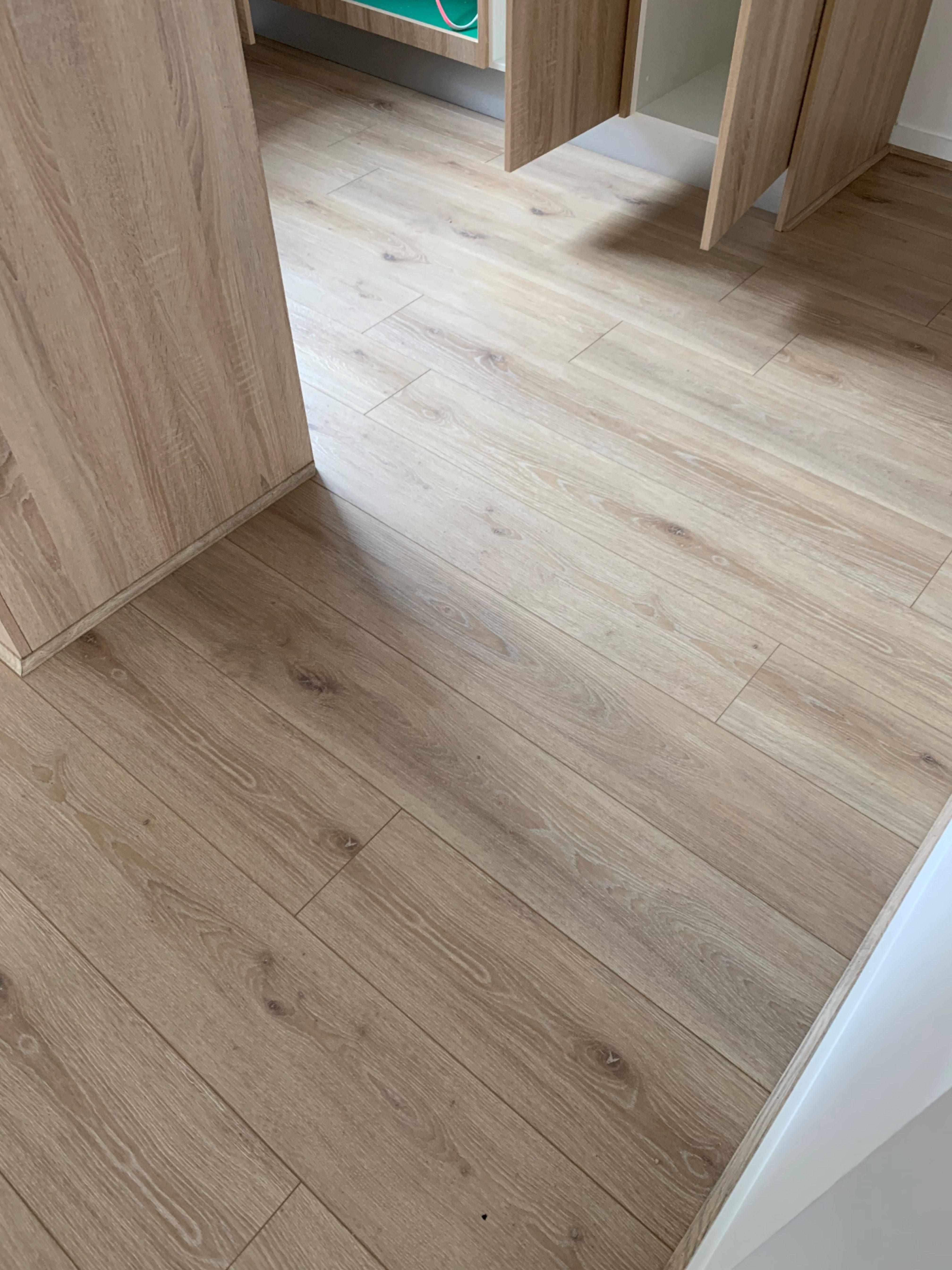 Classic Oak Timber Laminate Floors Smiling Rock Melbourne In 2020 Laminate Flooring Laminate Mohawk Laminate Flooring