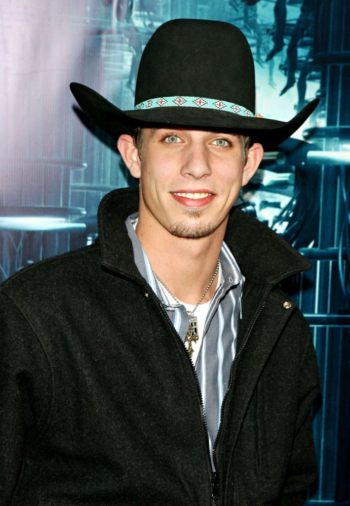 d2bdffc14d4 JB Mauney has the perfect green eyes!!!