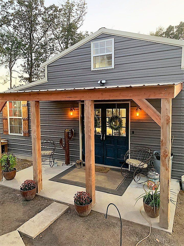 The Most Amazing Small Barndominium You Ve Ever Seen In 2020 Small Rustic House Barn Style House Barn House Plans