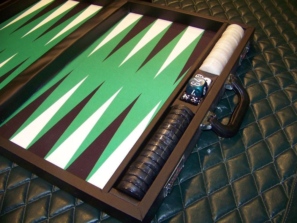 Wycliffe Brothers Tournament Sized Backgammon Set, Green