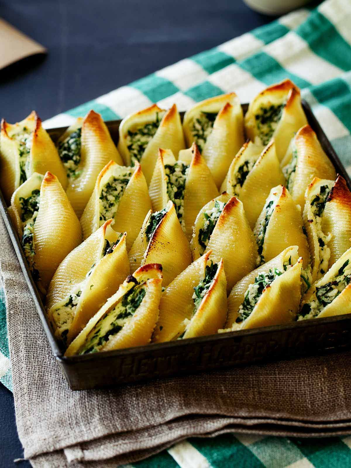 simple spinach and ricotta stuffed shells  spoon fork