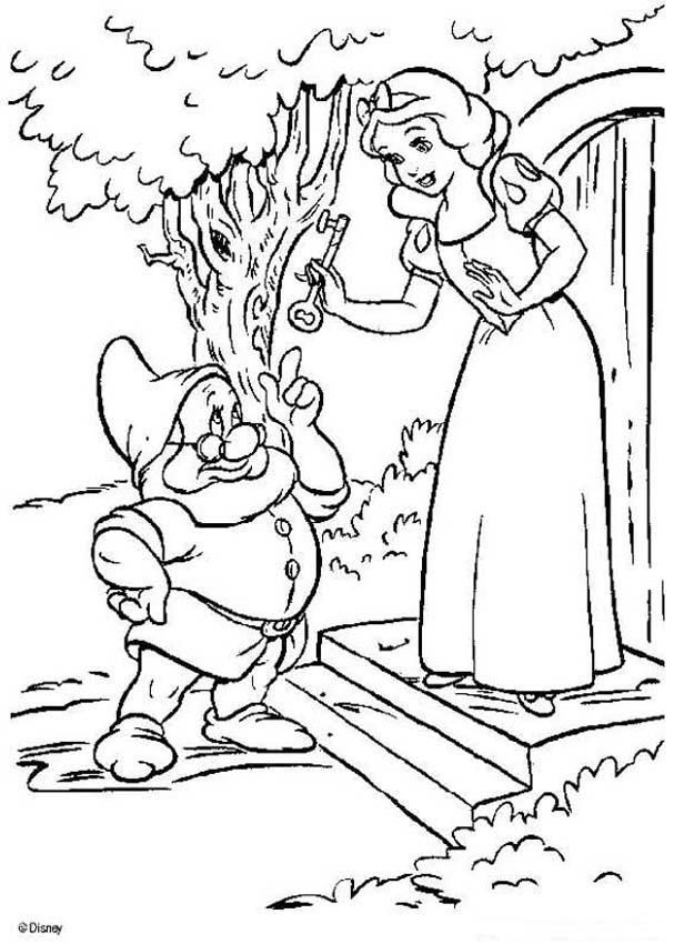 Snow White And The Seven Dwarfs Coloring Pages With Rhpinterest: Dwarf House Coloring Pages At Baymontmadison.com