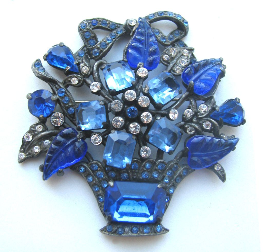 1930s Molded Glass Flower Bouquet Pin.