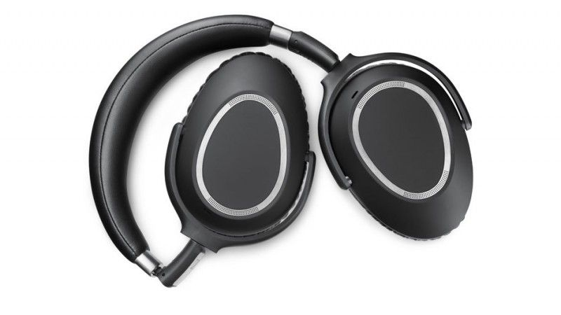 The Sennheiser Pxc 550 Delivers Crystal Clear Bluetooth Audio With 30 Hours Of Battery Headphones Black Headphones Over Ear Headphones