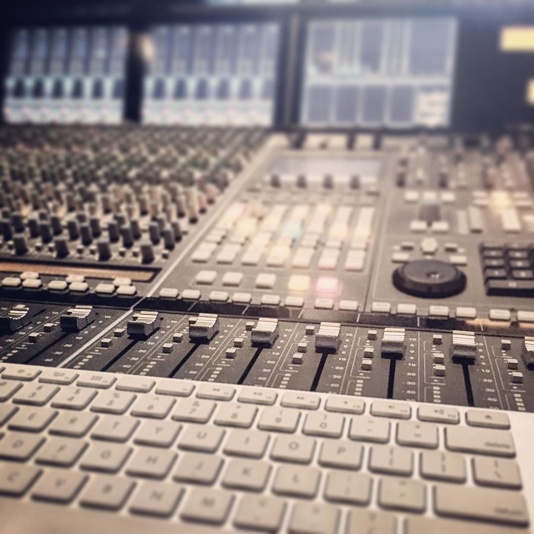#mixing tonight. Waiting for something to print realtime looking for angles that don't look like #stockphotos . #ssl #iphone #apple by joshgbowman