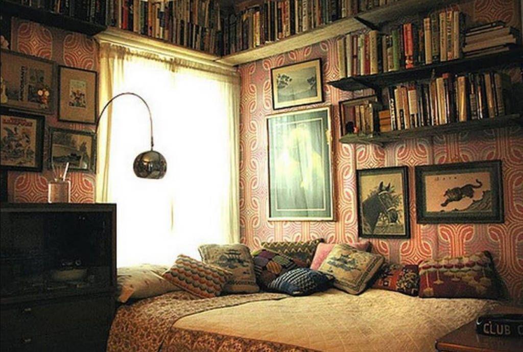 Cute Hippie Vintage Room - Michaelhowellsstudio