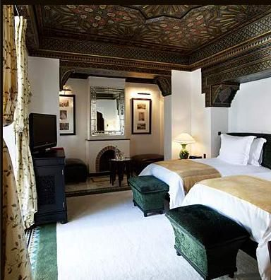 Die besten 25 schlafzimmer mit doppelbett ideen auf for Raumgestaltung die verwandlung