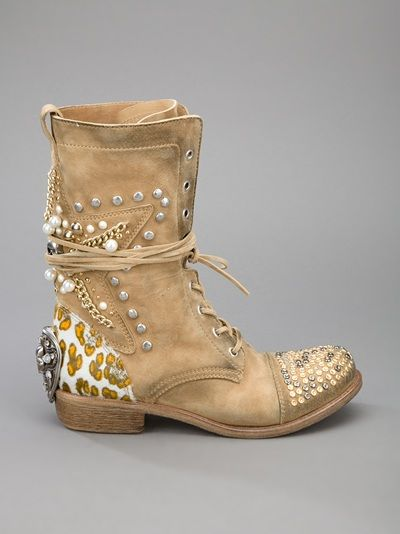 ☆ Rock 'n' Roll Style ☆ BALDAN studded lace up boot | Mode