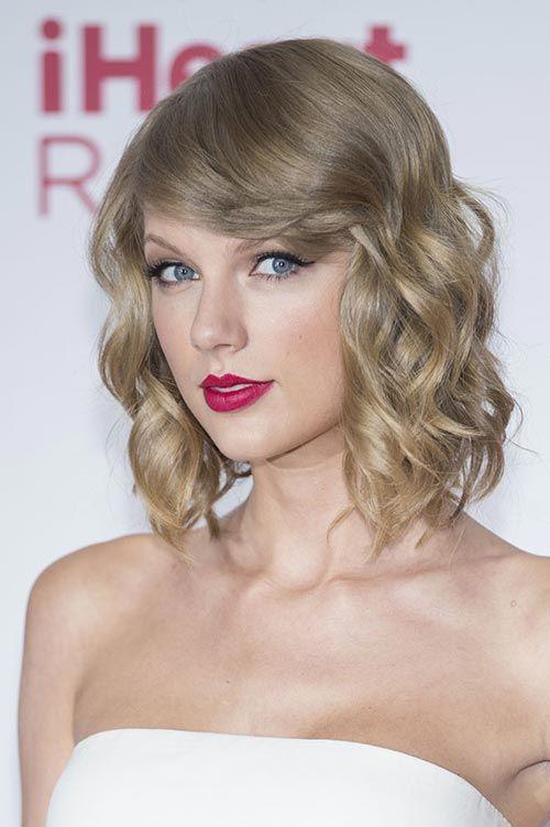 Lovely Short Bob Hairstyles Taylor Swift Shorthairstyles Bobhairstyles Shorthair Taylor Swift Hair Short Bob Hairstyles Hair Styles