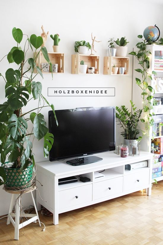 magnoliaelectric holzboxen an der wand interior. Black Bedroom Furniture Sets. Home Design Ideas