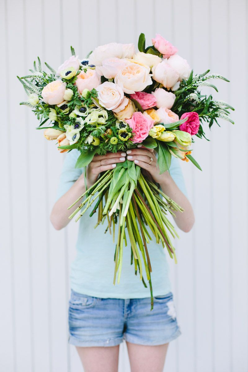 Make This: Giant DIY \'Flower Blocked\' Bouquet | Diy flower, Flower ...