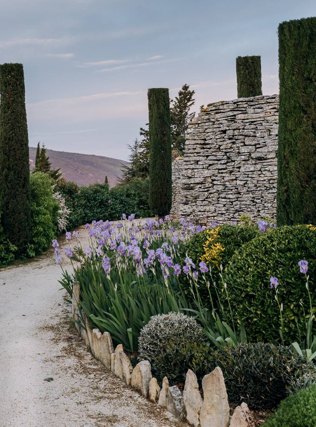 A blissful garden on a Provençal hillside