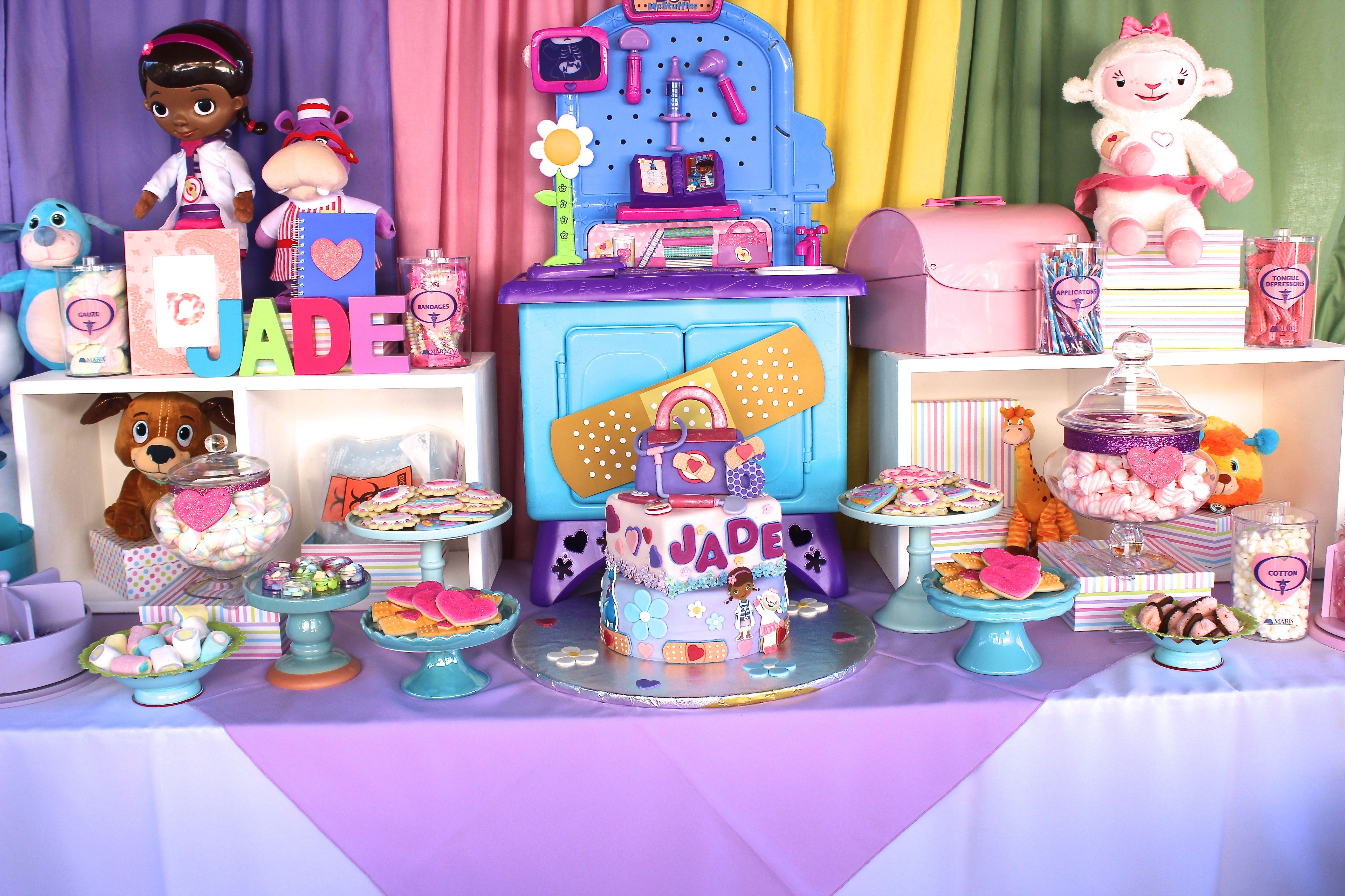 Doc mcstuffins bandages doc mcstuffins party ideas on pinterest doc - Doc Mcstuffins Candy Bar Cake Table