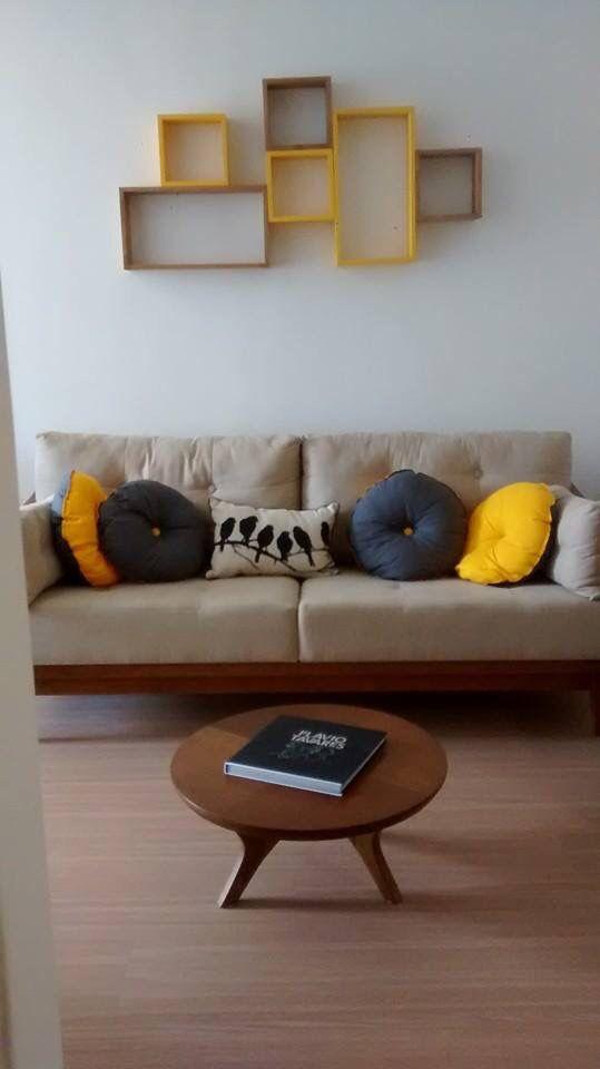 Combinacao De Cores Cinza Amarelo Madeira E Bege Nichos Tadah