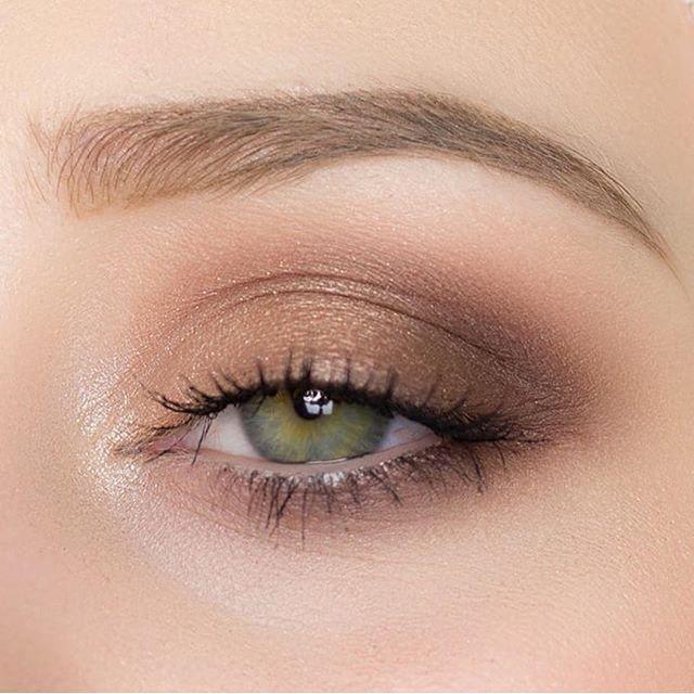 Nackter Lidschatten aus brauner Bronze #EyeMakeupOrange #makeupeyeshadow