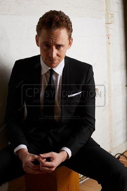Tom Hiddleston by Lorenzo Agius. Via Torrilla.