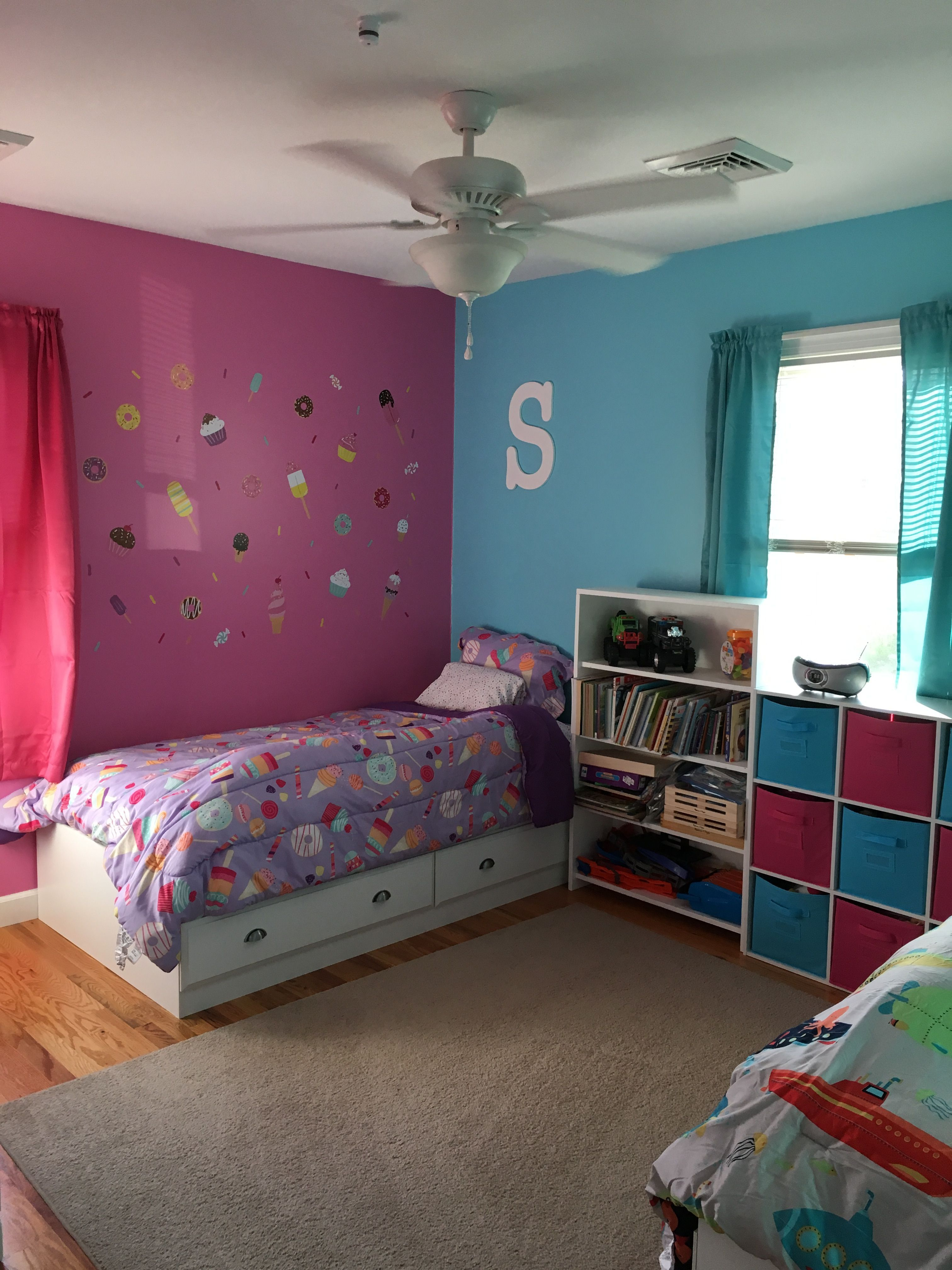 Pin by Jennilee Perry on Kid's Room | Boy and girl shared ...