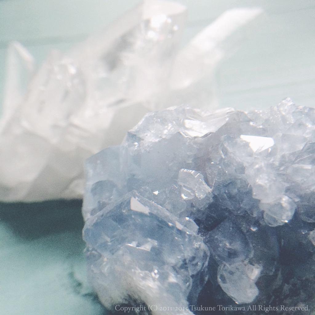 """""""天青石と水晶。潔癖症の為の標本。 http://t.co/wYoCk35Q2w"""""""