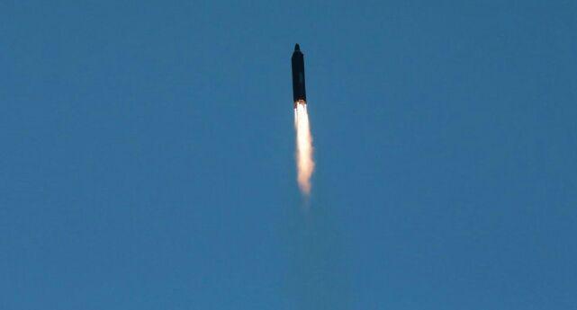 إيران تكشف عن وصول سلاح جديد إلى المقاومة في لبنان وغزة