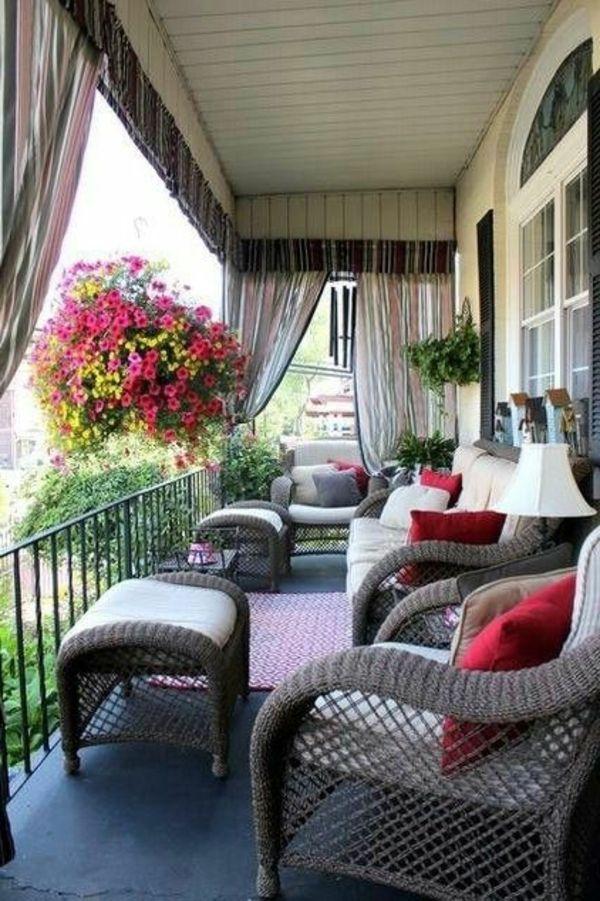 Balkonmöbel selber bauen - Gartenmöbel Set aus recycelten